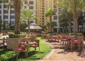 dubaj-hotel-amwaj-rotana-010.jpg
