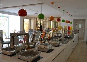 dubaj-hotel-hawthorn-suites-by-wyndham-jbr-hotel-021.jpg