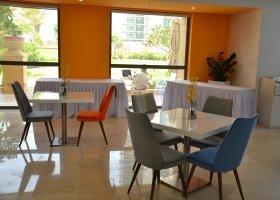 dubaj-hotel-hawthorn-suites-by-wyndham-jbr-hotel-022.jpg