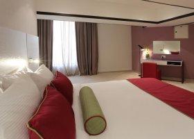 dubaj-hotel-hawthorn-suites-by-wyndham-jbr-hotel-044.jpg