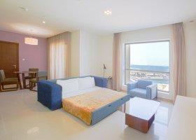 dubaj-hotel-hawthorn-suites-by-wyndham-jbr-hotel-063.jpg