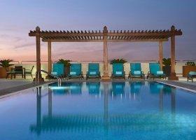 dubaj-hotel-hilton-garden-inn-al-mina-024.jpg
