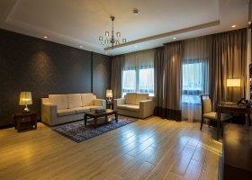 dubaj-hotel-metropolitan-hotel-dubai-001.jpg