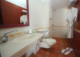 goa-hotel-longuinhos-011.jpg