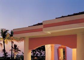 goa-hotel-taj-exotica-goa-005.jpg