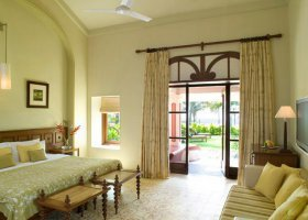 goa-hotel-vivanta-by-taj-holiday-village-010.jpg