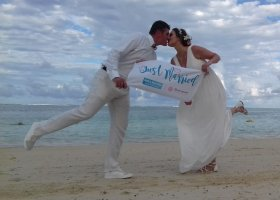 just-married-004.jpg