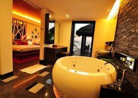 maledivy-hotel-bandos-039.jpg