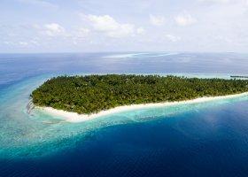 maledivy-hotel-filitheyo-island-resort-002.jpg