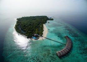 maledivy-hotel-filitheyo-island-resort-004.jpg