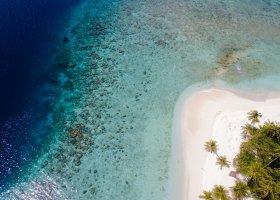 maledivy-hotel-filitheyo-island-resort-005.jpg