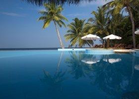 maledivy-hotel-filitheyo-island-resort-023.jpg