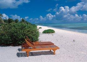 maledivy-hotel-holiday-island-015.jpg