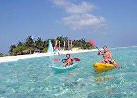 maledivy-hotel-holiday-island-017.jpg