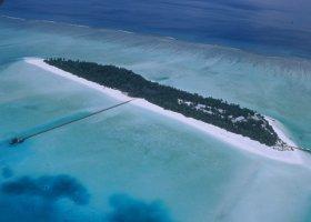 maledivy-hotel-holiday-island-022.jpg