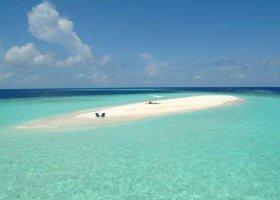 maledivy-hotel-makunudu-island-017.jpg
