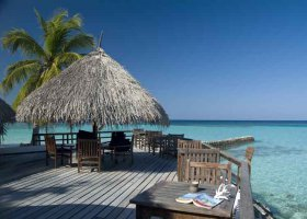 maledivy-hotel-makunudu-island-021.jpg