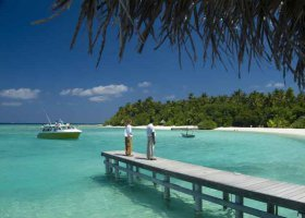 maledivy-hotel-makunudu-island-026.jpg