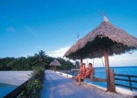 maledivy-hotel-makunudu-island-035.jpg