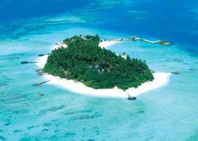 maledivy-hotel-makunudu-island-036.jpg