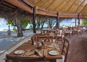 maledivy-hotel-makunudu-island-040.jpg