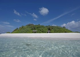 maledivy-hotel-makunudu-island-047.jpg