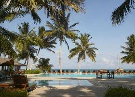 maledivy-hotel-meeru-island-resort-013.jpg