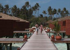 maledivy-hotel-meeru-island-resort-014.jpg