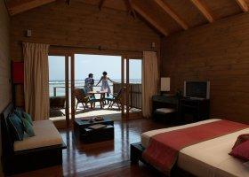 maledivy-hotel-meeru-island-resort-019.jpg