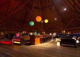 maledivy-hotel-meeru-island-resort-045.jpg