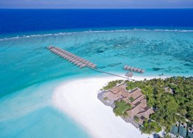 maledivy-hotel-meeru-island-resort-052.jpg