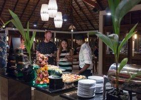 maledivy-hotel-meeru-island-resort-057.jpg