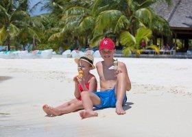 maledivy-hotel-meeru-island-resort-068.jpg