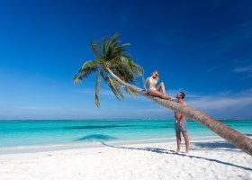 maledivy-hotel-meeru-island-resort-070.jpg