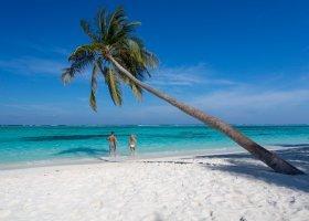 maledivy-hotel-meeru-island-resort-072.jpg