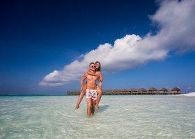 maledivy-hotel-meeru-island-resort-074.jpg
