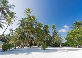 maledivy-hotel-meeru-island-resort-078.jpg
