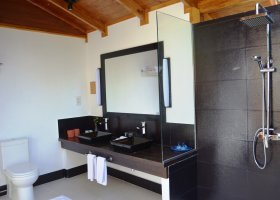 maledivy-hotel-meeru-island-resort-082.jpg