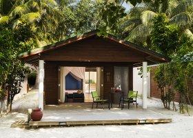 maledivy-hotel-meeru-island-resort-090.jpg