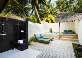 maledivy-hotel-meeru-island-resort-093.jpg
