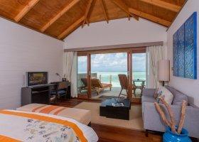 maledivy-hotel-meeru-island-resort-097.jpg