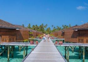 maledivy-hotel-meeru-island-resort-099.jpg