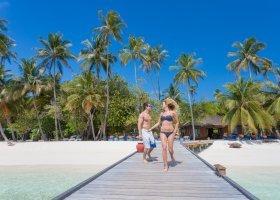 maledivy-hotel-meeru-island-resort-100.jpg