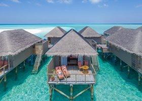 maledivy-hotel-meeru-island-resort-101.jpg