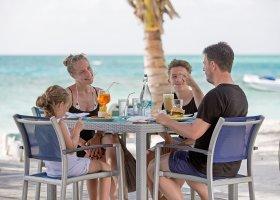 maledivy-hotel-meeru-island-resort-106.jpg