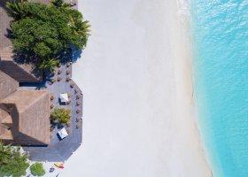 maledivy-hotel-meeru-island-resort-113.jpg