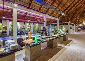 maledivy-hotel-meeru-island-resort-115.jpg