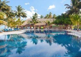 maledivy-hotel-meeru-island-resort-124.jpeg