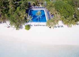 maledivy-hotel-meeru-island-resort-130.jpg