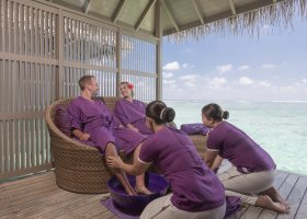 maledivy-hotel-meeru-island-resort-137.jpg